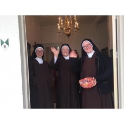 Gift aan de zusters €10,00